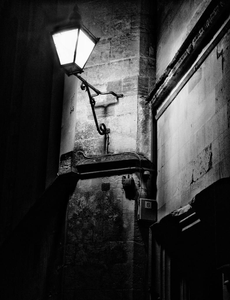 Lamplight B&W by 4rky