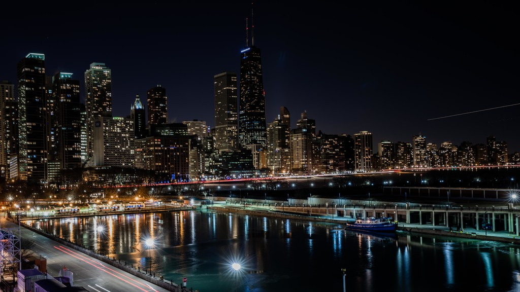 Chicago Skyline from Shakespeare Theatre by jyokota