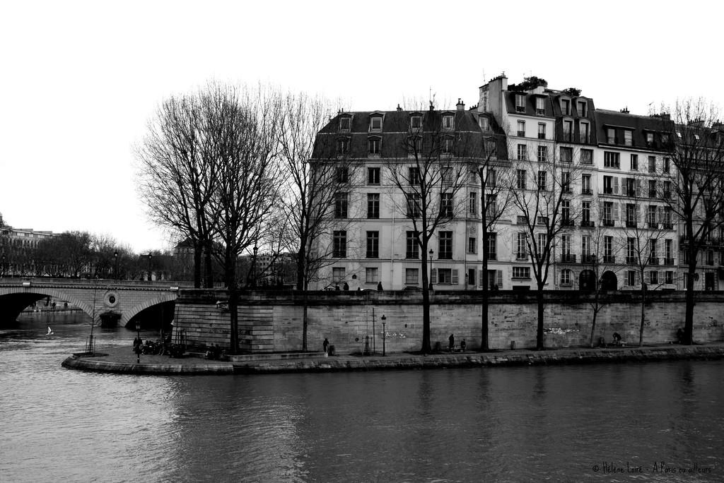along the Seine by parisouailleurs