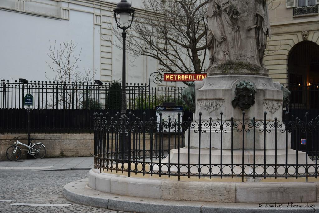Place Saint Georges  by parisouailleurs
