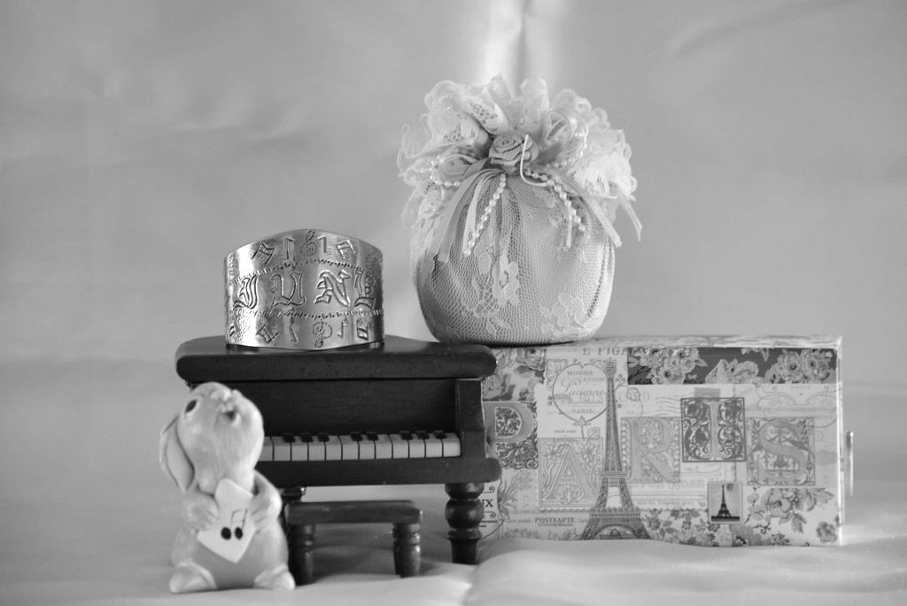 Music Box Collection-B&W by bjywamer