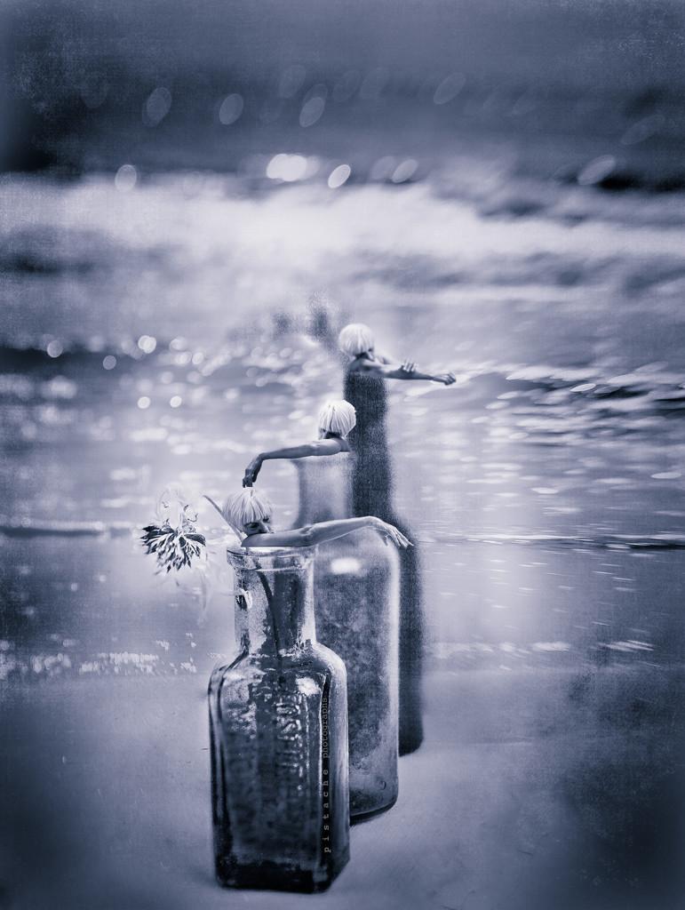 message in a bottle by pistache