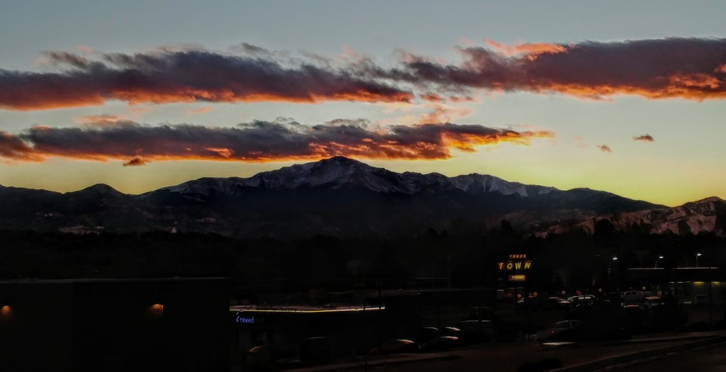 Pikes Peak at Sunset by harbie