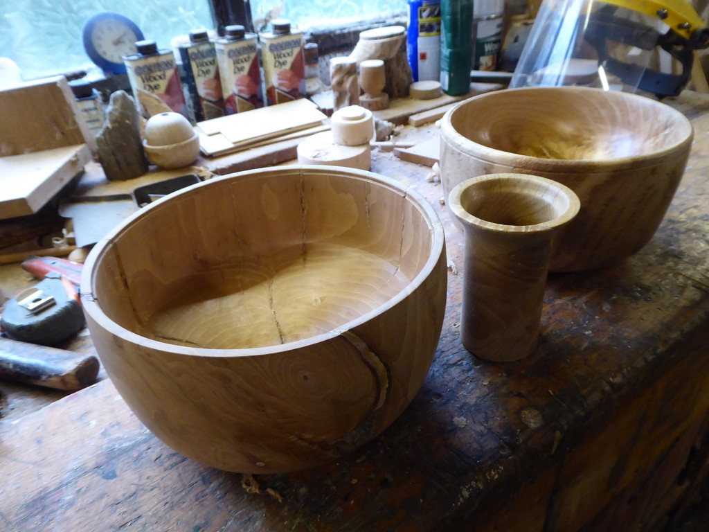 Red oak bowls by snowy