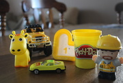 4th Mar 2020 - Yellow toys for rainbow2020