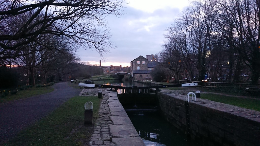 Rochdale Canal by peadar