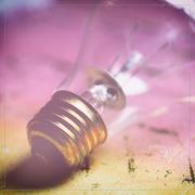 12th Mar 2020 - Lightbulb for L
