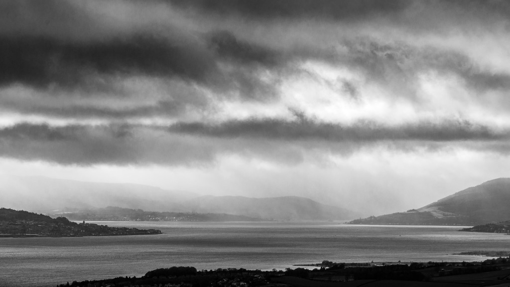 Gourock and Gare Loch by iqscotland