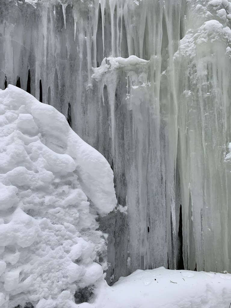 ICE by radiogirl