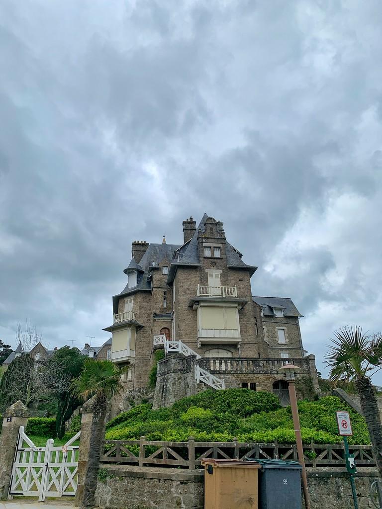 Big house in Dinard.  by cocobella