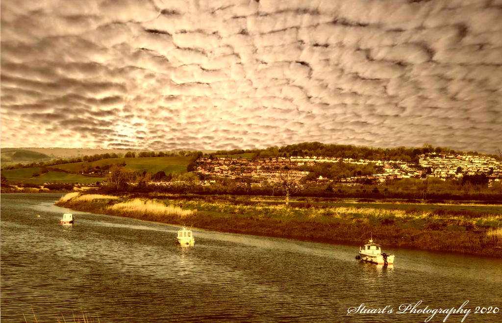Mackerel sky by stuart46