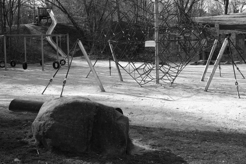 Deserted by angelikavr