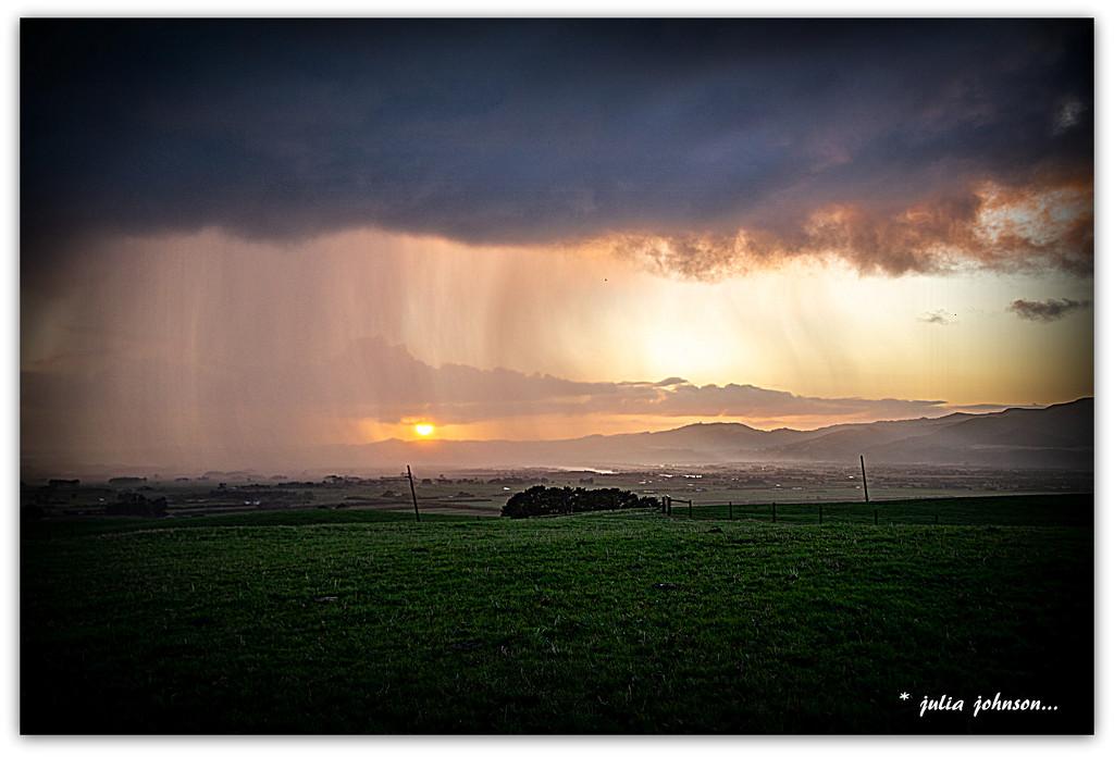 Sunrise Showers.. by julzmaioro