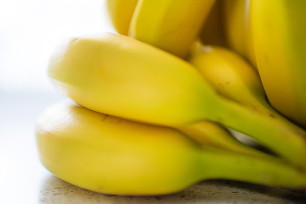 Yellow Bananas by kwind