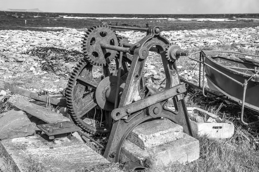 Old Winch by lifeat60degrees