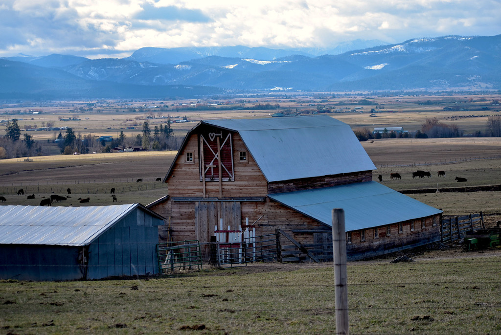 Yet Another Barn... by bjywamer