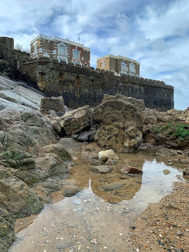 Low tide.  by cocobella
