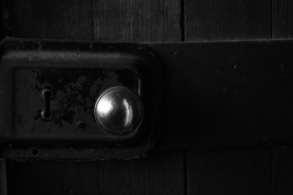 knock and ring and tap by wenbow