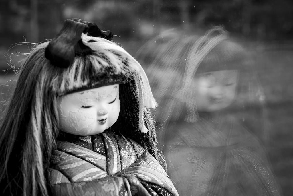 Day 2: Japanese dolls - reflection by jeneurell