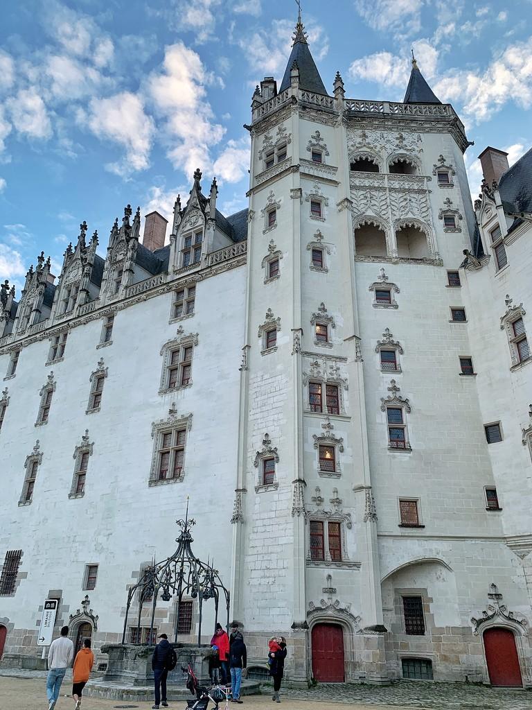 Château des ducs de Bretagne.  by cocobella