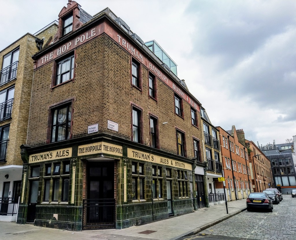 The Hop Pole by boxplayer