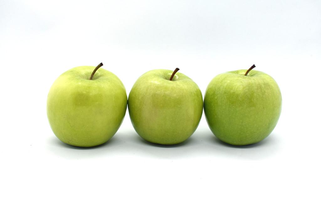 Three Apples by homeschoolmom