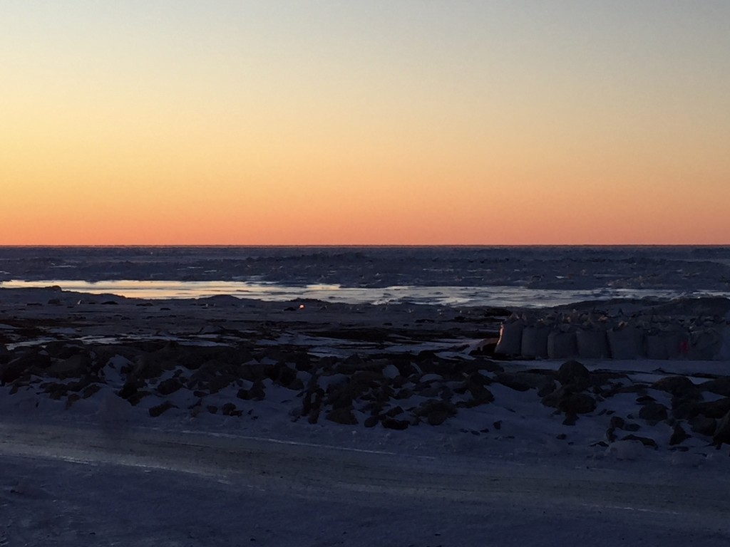 Arctic Sunset by jetr
