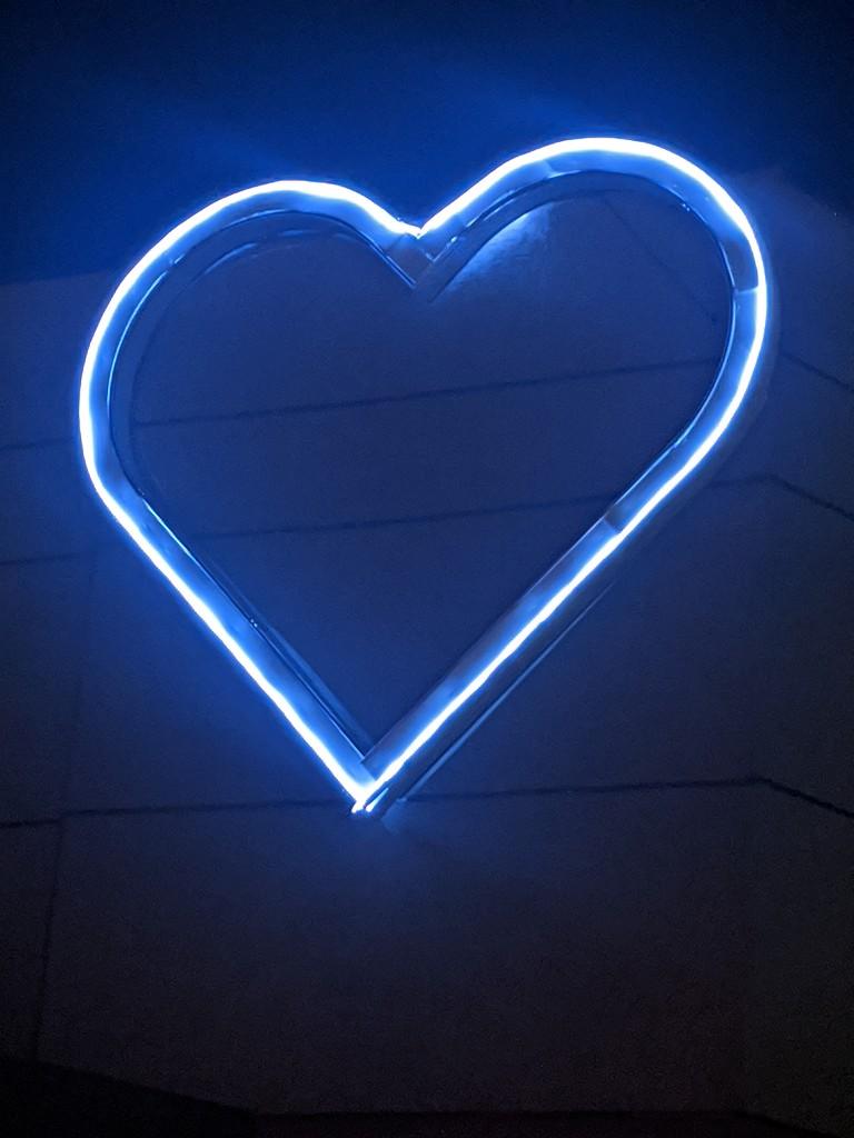 Love Shine Through by gq