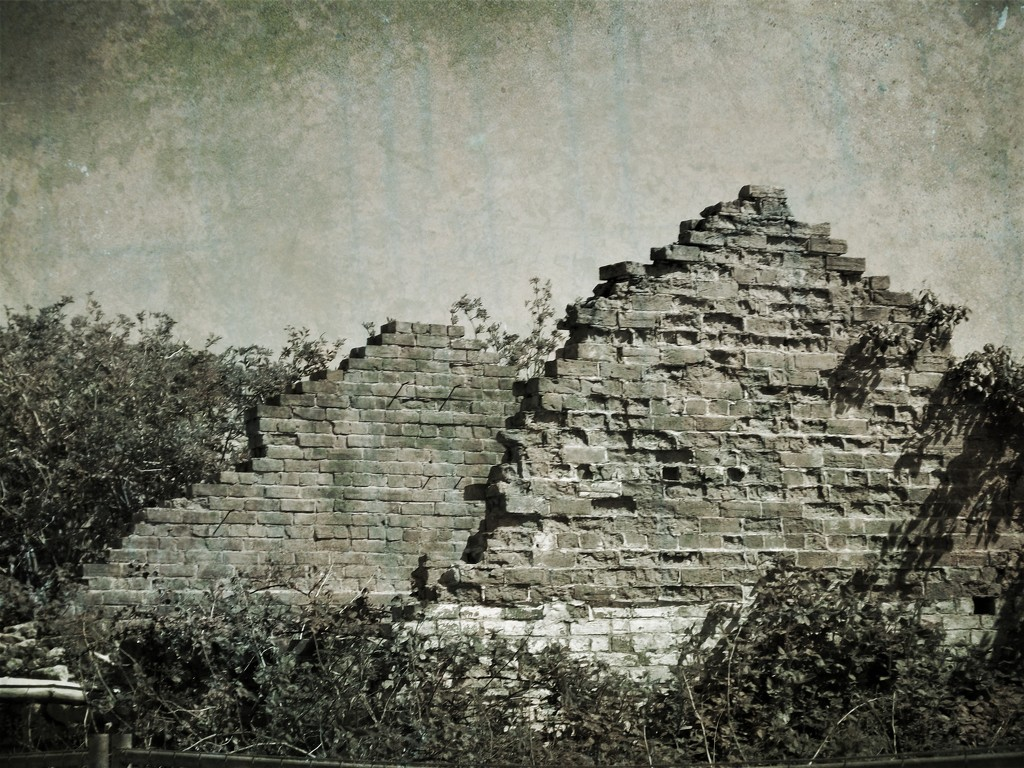 The Ancient Pyramids of Trowvegas  by ajisaac