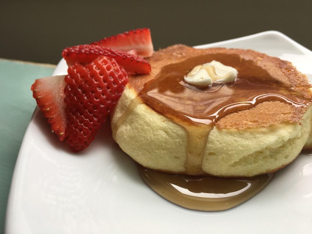 Fluffy Japanese Pancake by mhei