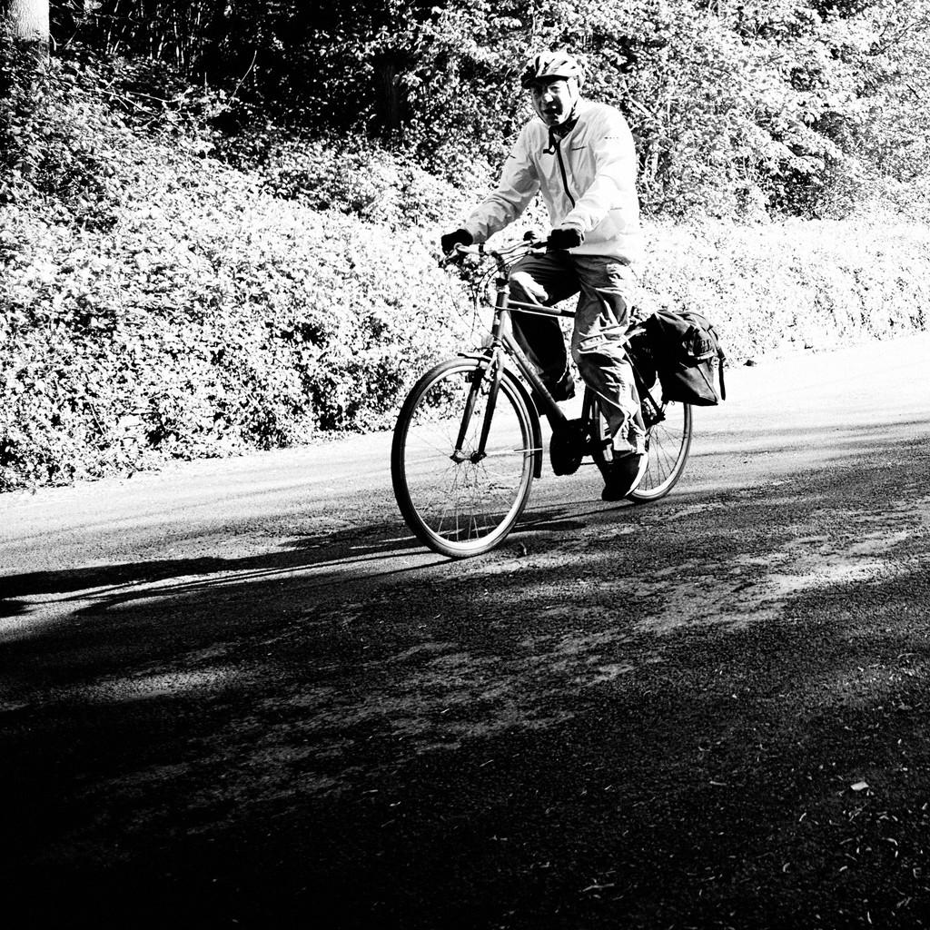 Cycling by allsop
