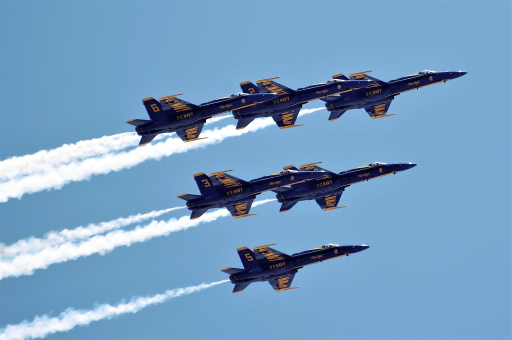 Blue Angels Fort Lauderdale Flyover by chejja