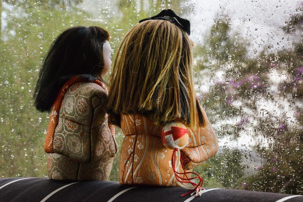 Watching the rain by jeneurell