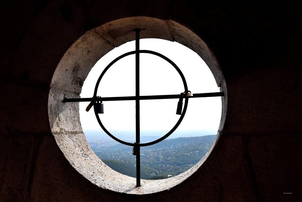 Lattice window ...... :-) by kork