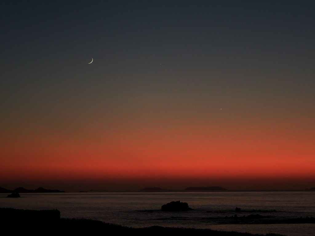 The Moon and Venus by etienne