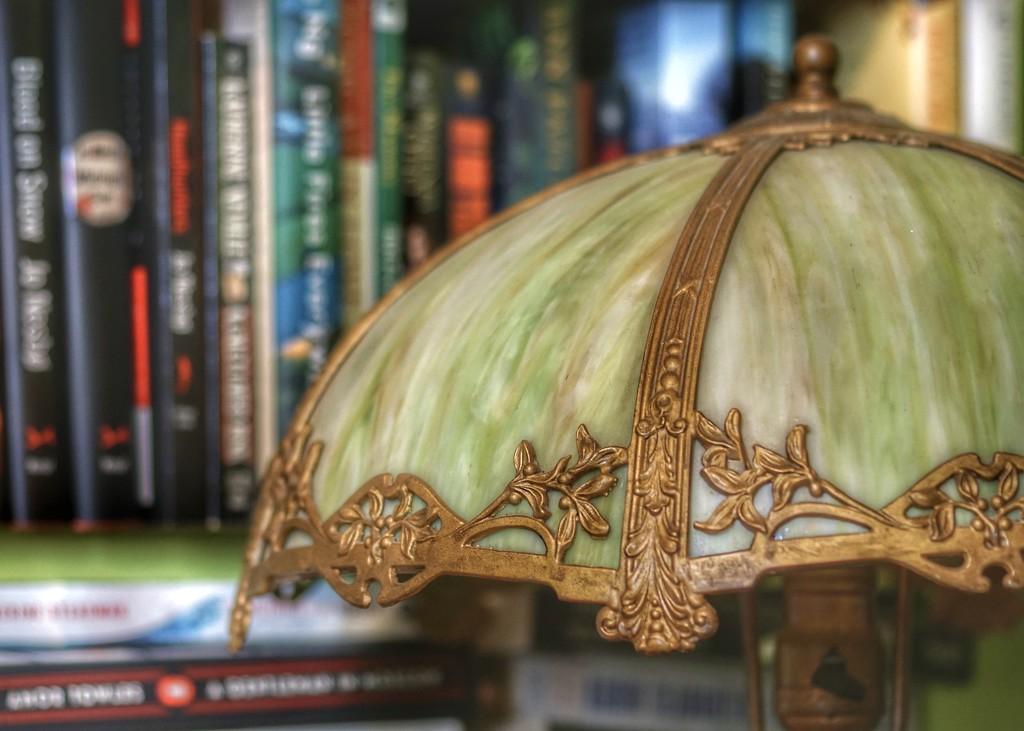 Slag glass lamp by amyk