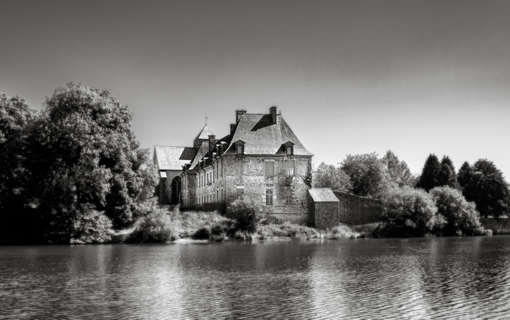 Paimpont Abbey by vignouse