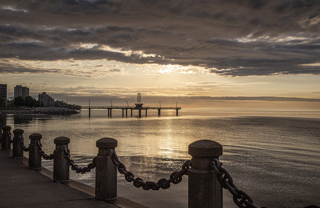 Spencer Smith Park Sunrise by pdulis