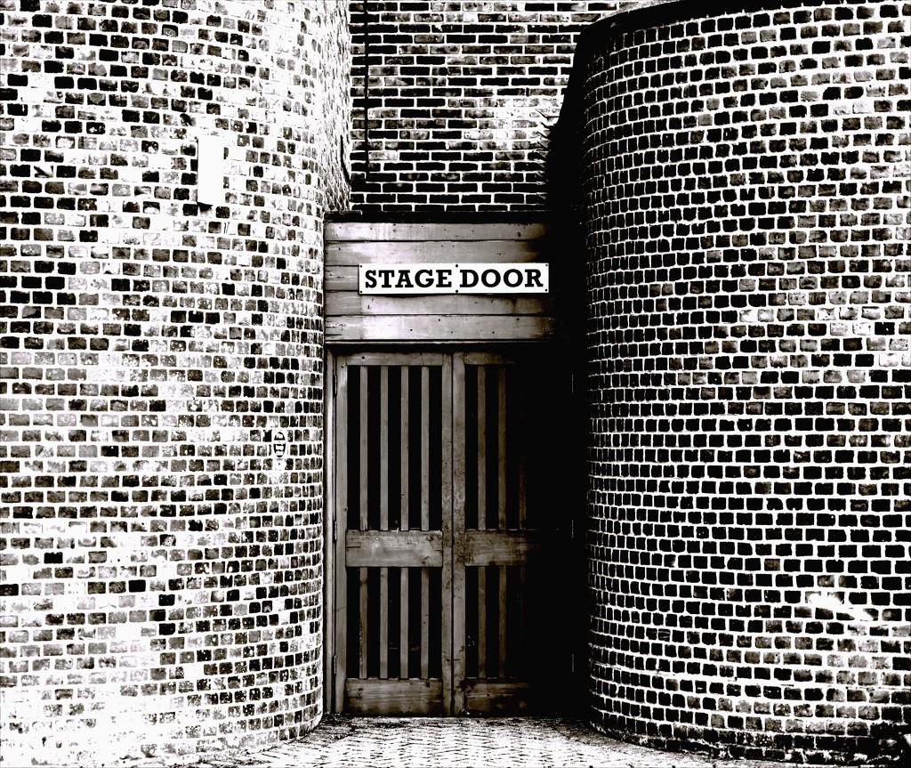 Stage door by moonbi