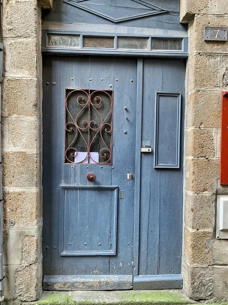 Two hearts on a blue lavender door.  by cocobella