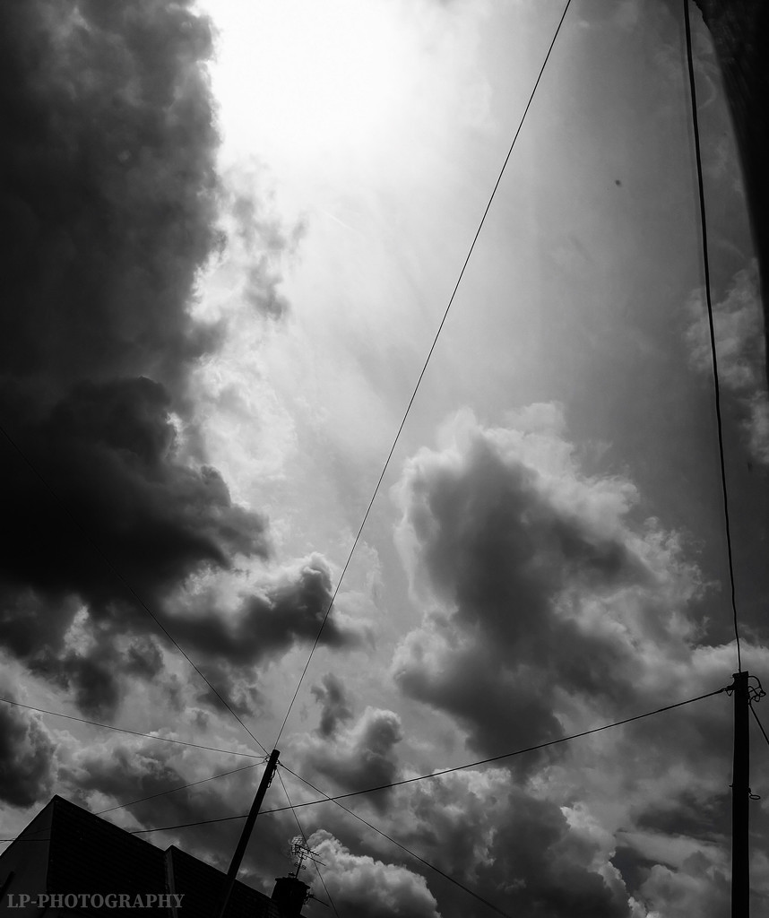 Dramatic Skies by tiredpanda
