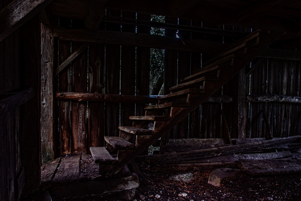 Stairs at Night by farmreporter