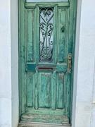 12th Jun 2020 - 4 hearts on a green door.