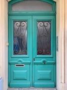 16th Jun 2020 - 4 hearts on green door.