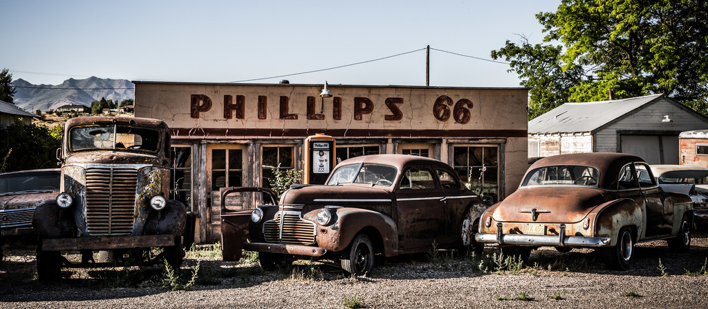 The Vintage Gas Station by photograndma