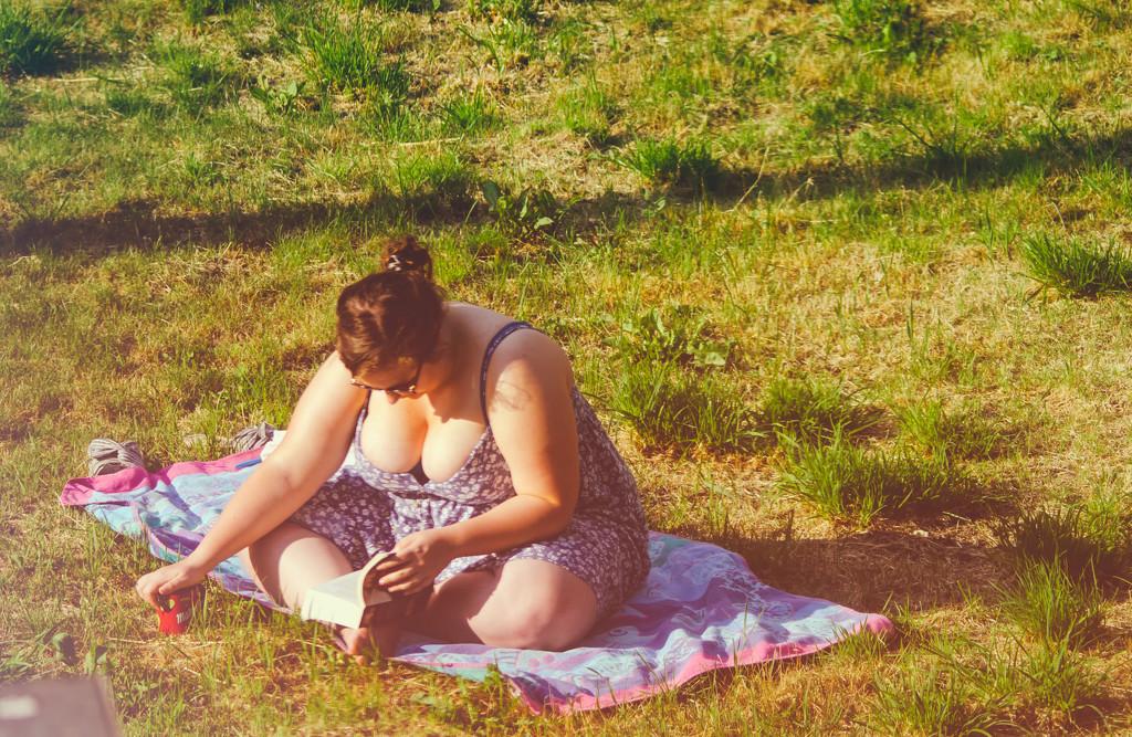 Garden Reading by manek43509