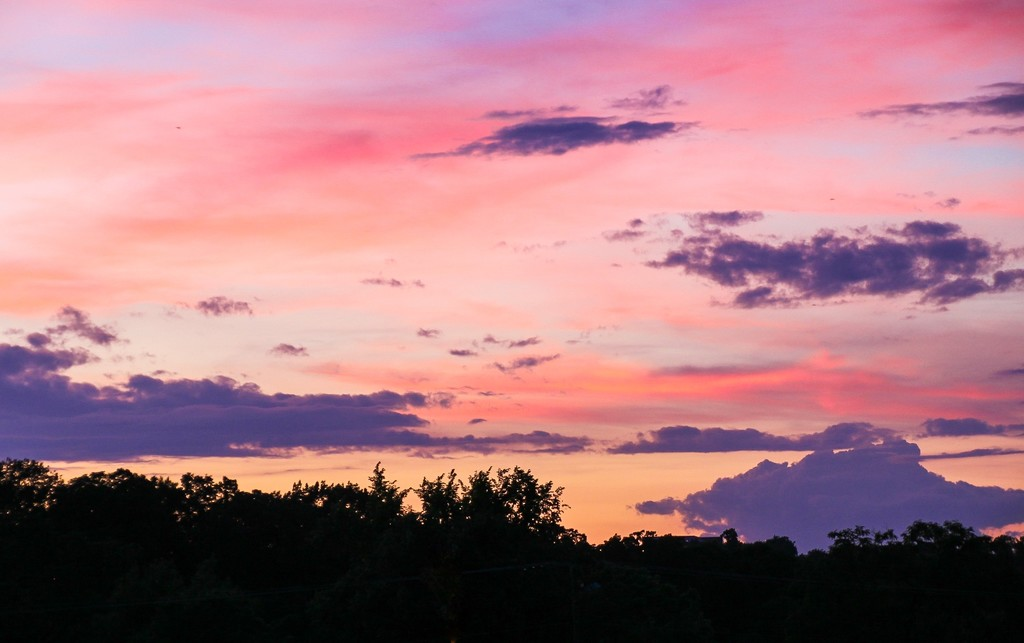 Colorful sky by mittens