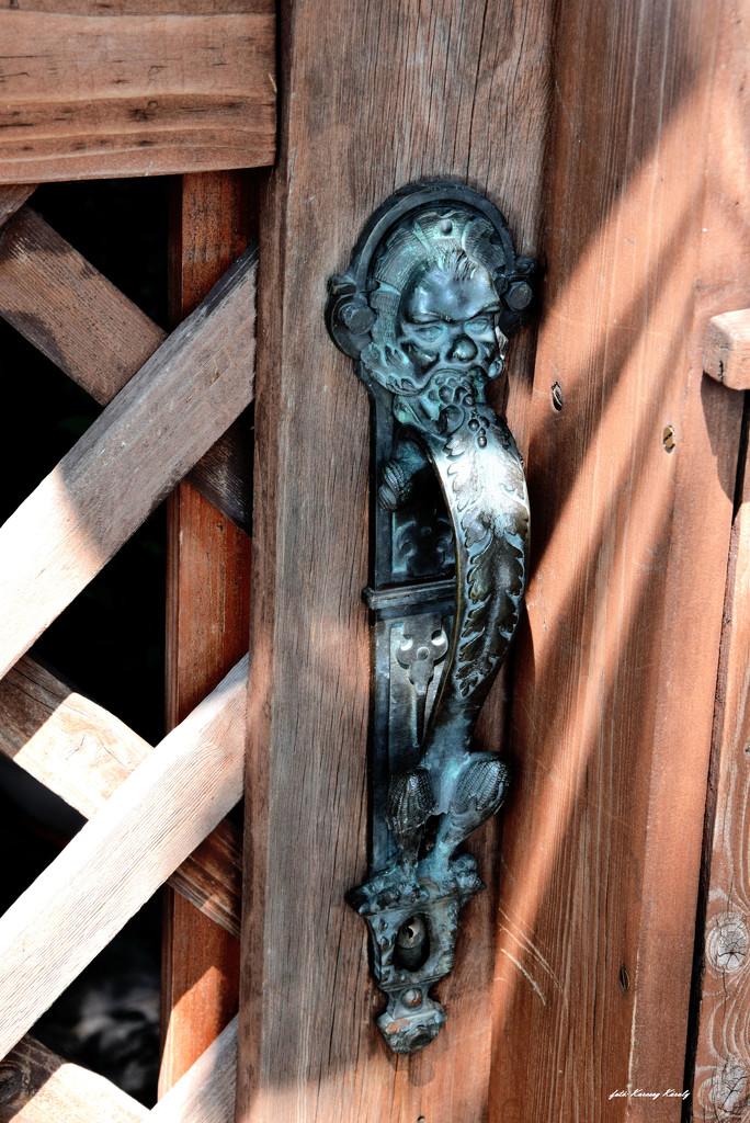 Old door handle... by kork