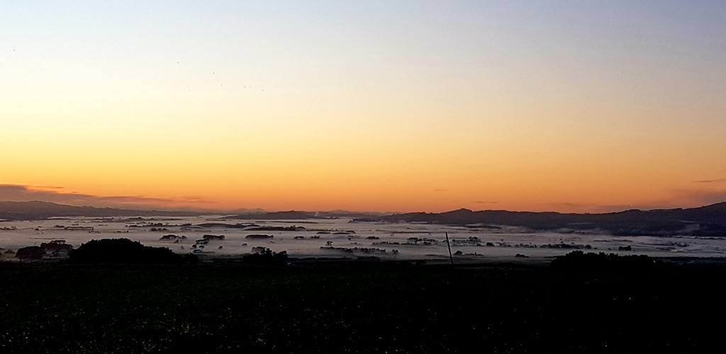 That View Again.. by julzmaioro