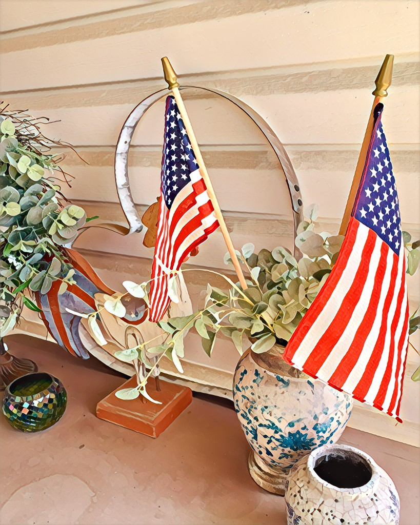 Decorating for July 4  by louannwarren
